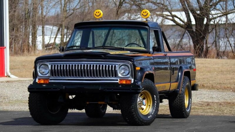 Jeep J10 Golden Eagle — у нас был